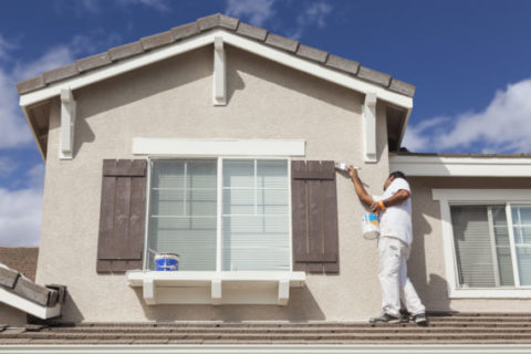 LA Home Contractor provides house painting.