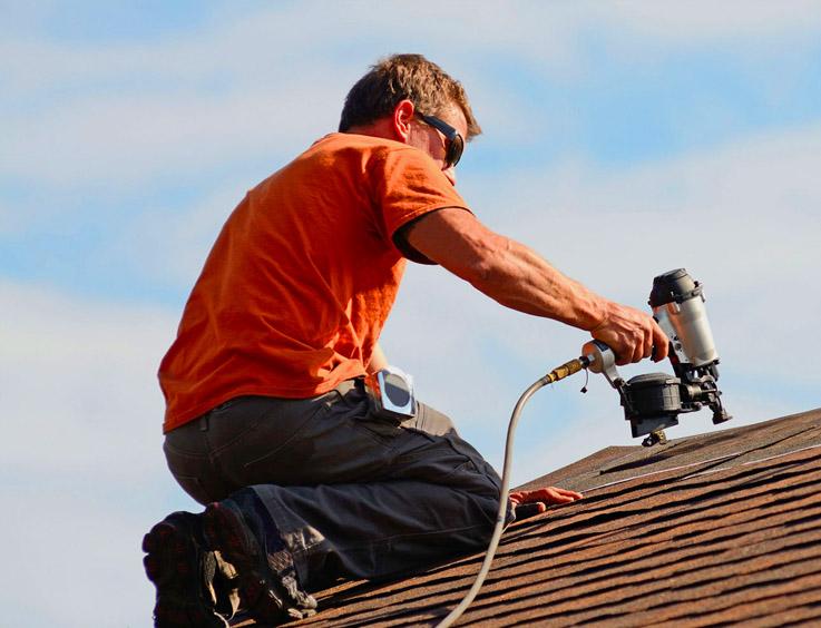 Roofer in Sherman Oaks CA