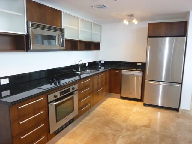 kitchen cabinet in burbank